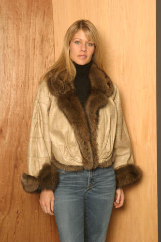 Toronto Showroom - Furs Coat Yukon Fur - 1667 Dundas Street West, Toronto, M6K 1V2