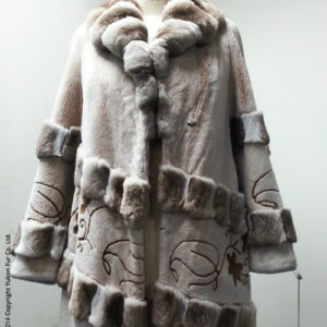 Yukon_Fur_coat_2001_front