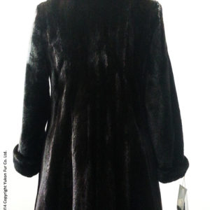 Yukon_Fur_coat_7315_back