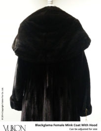Yukon_Fur_coat_8575_back