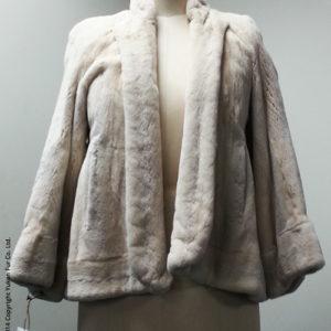 Yukon_Fur_coat_Tuxedo_front