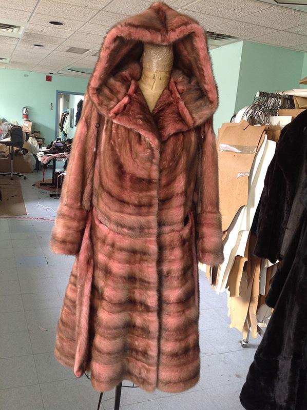 YukonFur_Toronto_Made_To_Measure_Custom_Fur_Coats_New_Fashion_Design_36