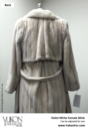 Yukon_Fur_coat_Casablanca_back