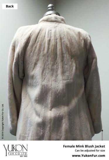 Yukon_Fur_coat_Tuxedo_back