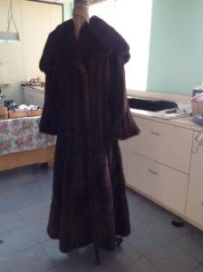 YukonFur_furs_coat_store_shop_Toronto_Canada_15_brown_mink