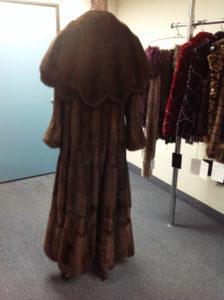 YukonFur_furs_coat_store_shop_Toronto_Canada_19_brown_mink