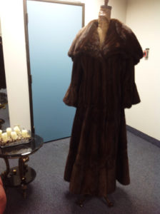 YukonFur_furs_coat_store_shop_Toronto_Canada_22_brown_mink