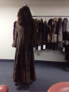 YukonFur_furs_coat_store_shop_Toronto_Canada_27