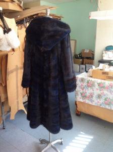 YukonFur_furs_coat_store_shop_Toronto_Canada_luxury_made_to_measure9_blue_mink_coat